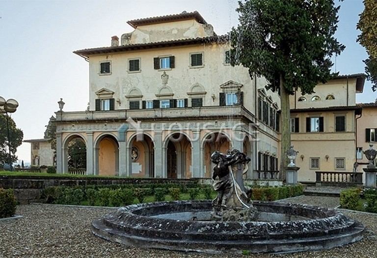 Villa for sale in Florence, Italy, 2347 m² - photo 23
