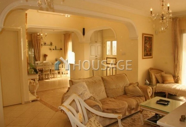 4 bed villa for sale in Coral Bay, Pafos, Cyprus, 200 m² - photo 14