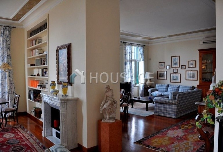 3 bed flat for sale in Bordighera, Italy, 205 m² - photo 2