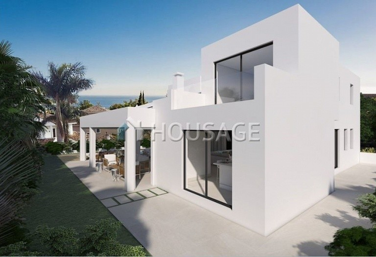 4 bed villa for sale in Marbella, Spain, 400 m² - photo 6