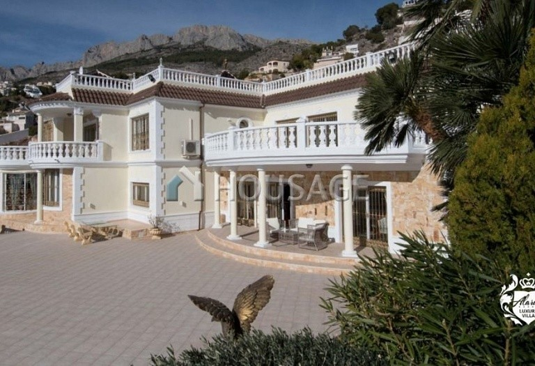 8 bed villa for sale in Altea, Spain, 828 m² - photo 3