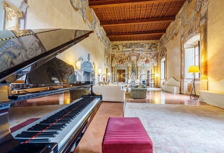 9 bed villa for sale in Florence, Italy, 2800 m² - photo 11