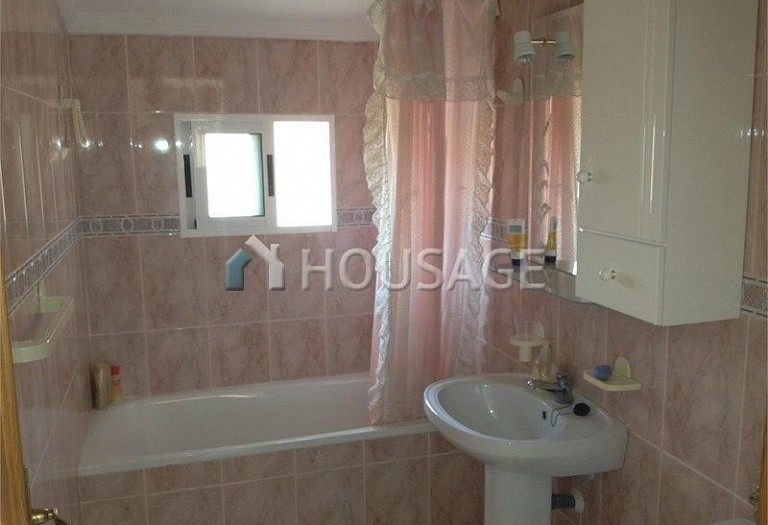 2 bed villa for sale in Torrevieja, Spain, 82 m² - photo 8