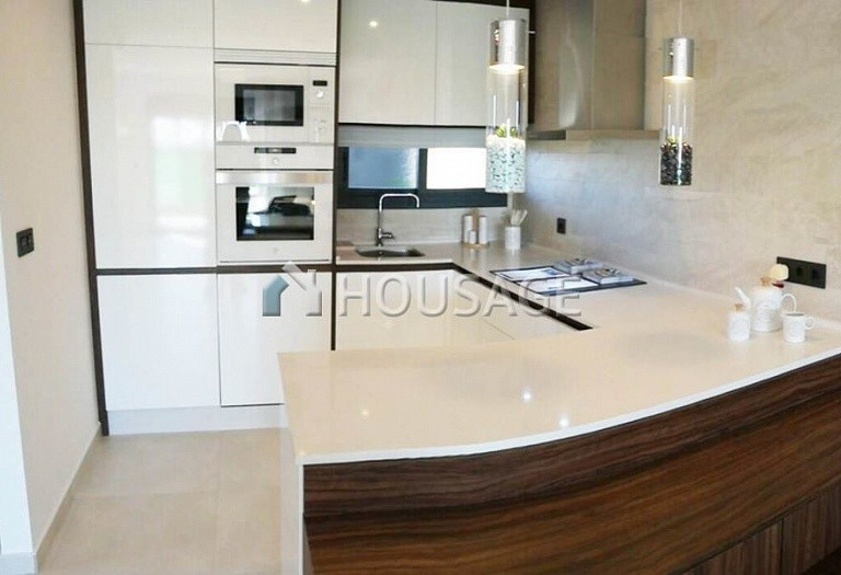 2 bed flat for sale in Alicante, Spain, 85 m² - photo 11