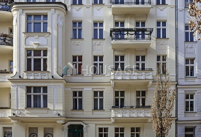 1 bed apartment for sale in Prenzlauer Berg, Berlin, Germany, 61 m² - photo 1