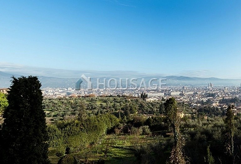Villa for sale in Florence, Italy, 2347 m² - photo 16
