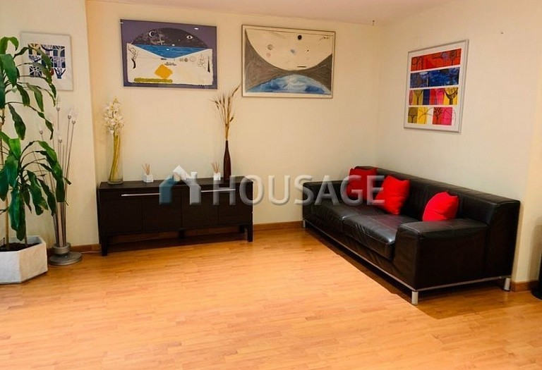 3 bed flat for sale in Eixample, Barcelona, Spain, 100 m² - photo 6