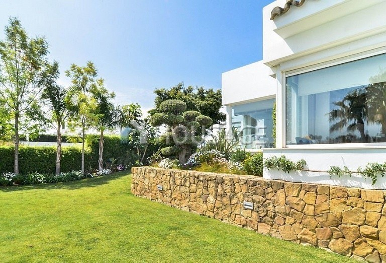 Villa for sale in Nueva Andalucia, Marbella, Spain, 401 m² - photo 5