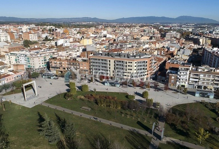 3 bed flat for sale in Mollet del Vallès, Spain, 100 m² - photo 1