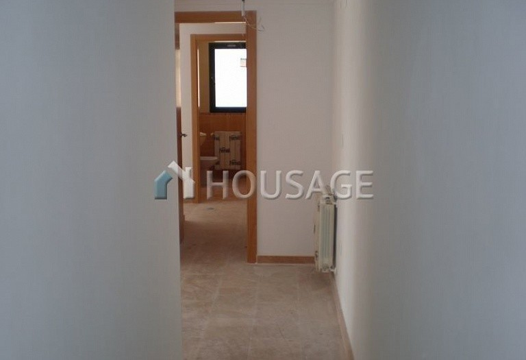 3 bed flat for sale in Alcoy, Spain, 98 m² - photo 10