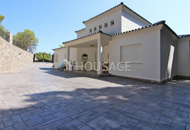 4 bed villa for sale in Altea, Spain, 275 m² - photo 8