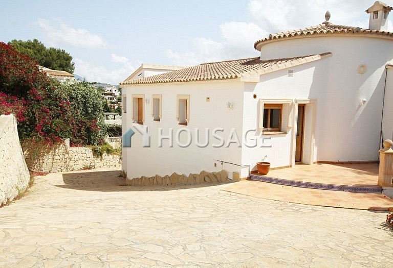 6 bed villa for sale in Sabatera, Moraira, Spain, 165 m² - photo 3