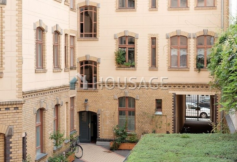 2 bed flat for sale in Mitte, Berlin, Germany, 96 m² - photo 2