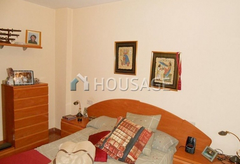 3 bed flat for sale in Paterna, Spain, 82 m² - photo 12