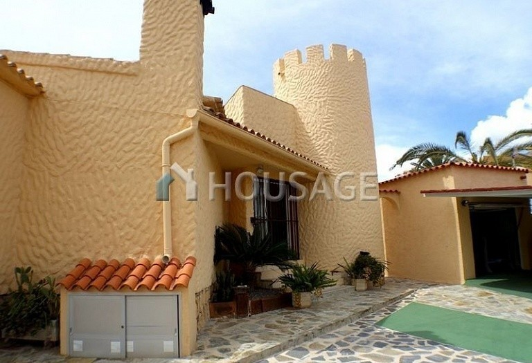 3 bed villa for sale in La Nucia, Spain, 160 m² - photo 1