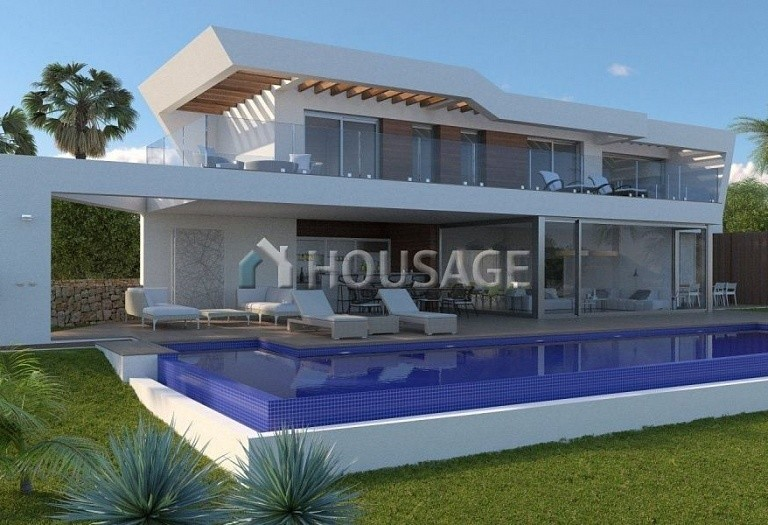 5 bed villa for sale in Moraira, Spain, 567 m² - photo 1