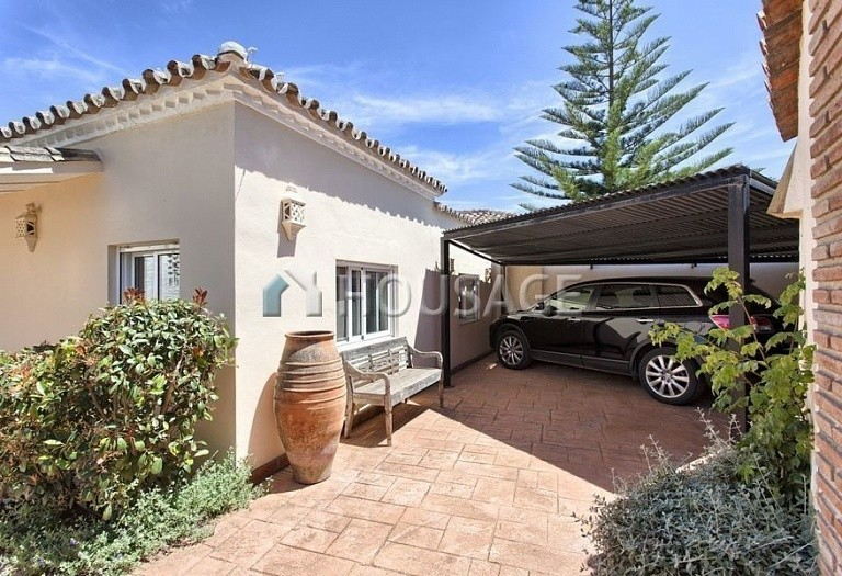 Villa for sale in Nueva Andalucia, Marbella, Spain, 366 m² - photo 10