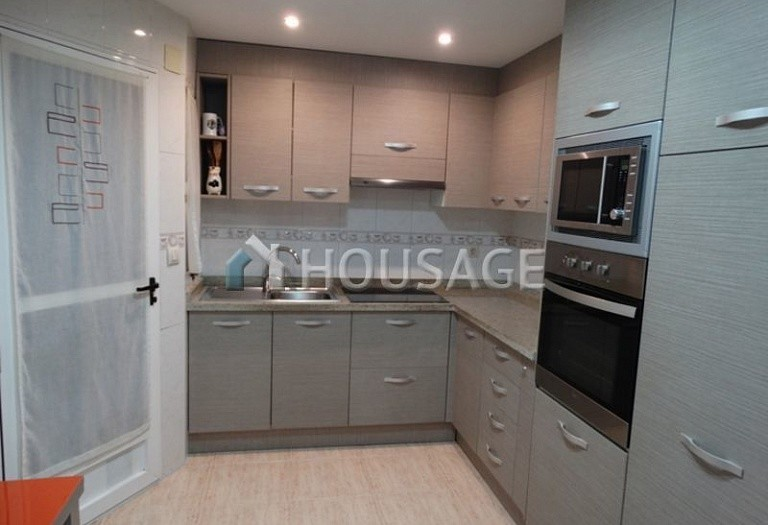 3 bed flat for sale in Alicante, Spain, 80 m² - photo 11