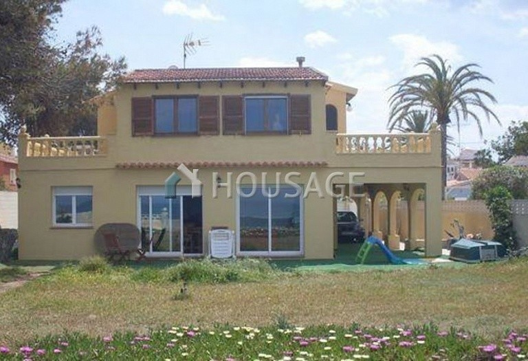 6 bed villa for sale in Denia, Spain, 200 m² - photo 1