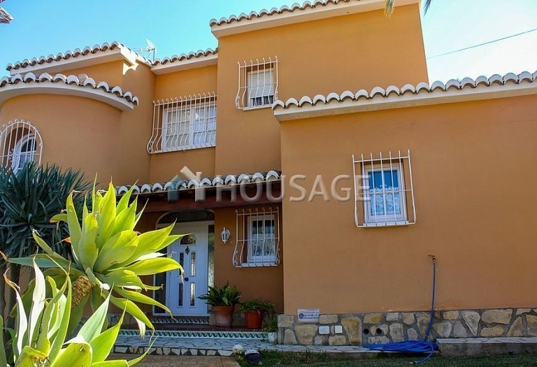 4 bed villa for sale in San Jaime, Benisa, Spain, 400 m² - photo 2