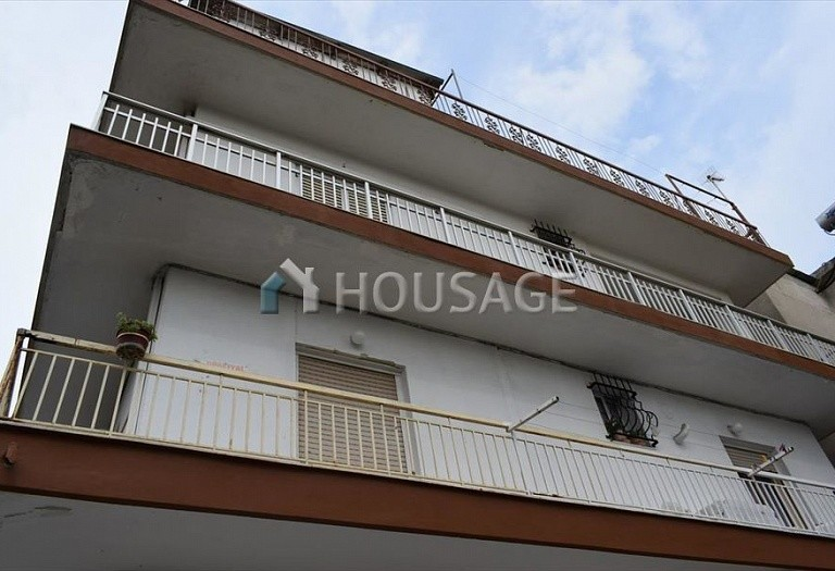 A house for sale in Polichni, Salonika, Greece, 350 m² - photo 1