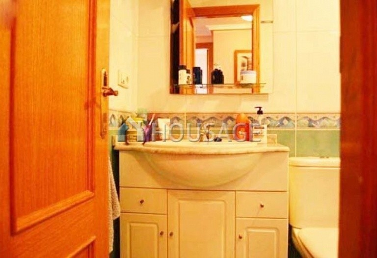 1 bed apartment for sale in Benidorm, Spain, 67 m² - photo 8