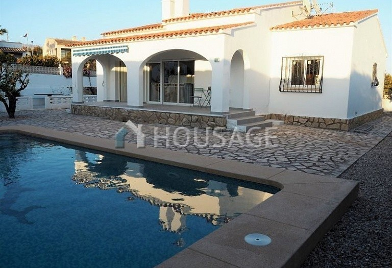 4 bed villa for sale in Alfaz del Pi, Spain, 150 m² - photo 2