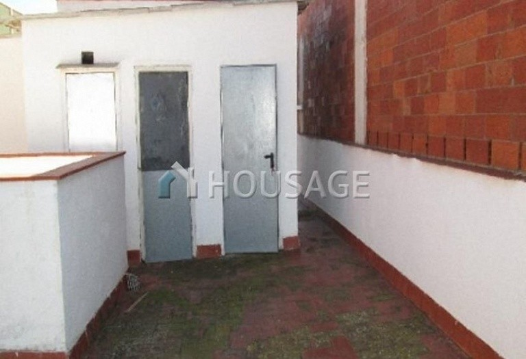4 bed flat for sale in Hospitalet, Spain, 97 m² - photo 21