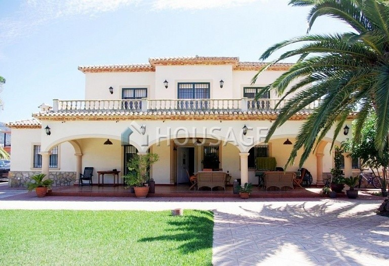 6 bed villa for sale in Denia, Spain, 317 m² - photo 1