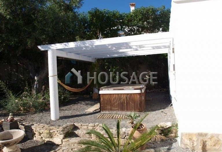 3 bed villa for sale in Calpe, Calpe, Spain - photo 9