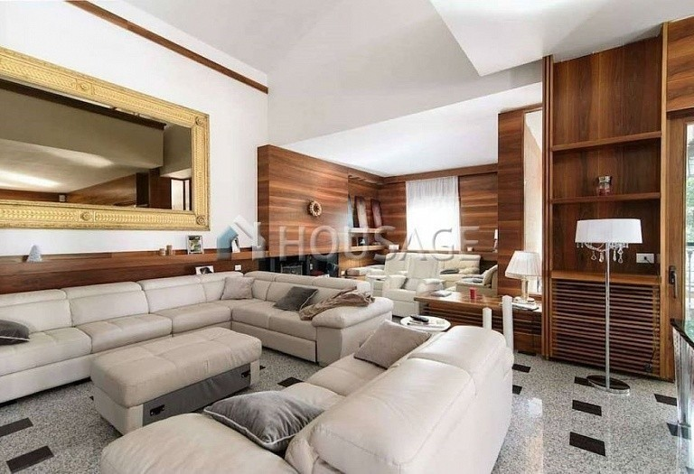 9 bed villa for sale in Rome, Italy, 1100 m² - photo 4