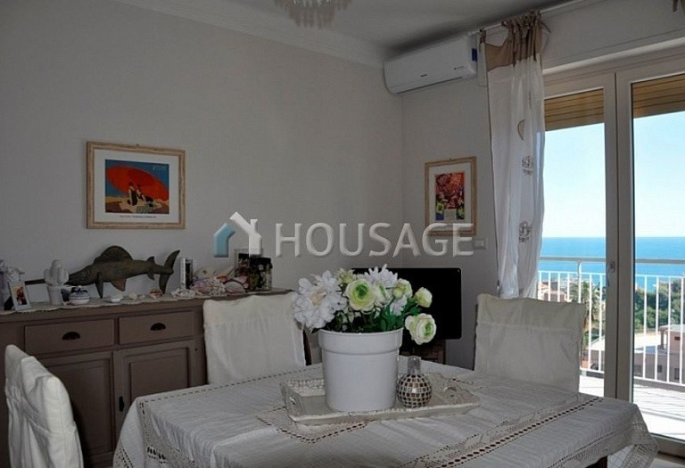 1 bed apartment for sale in Sanremo, Italy, 70 m² - photo 8