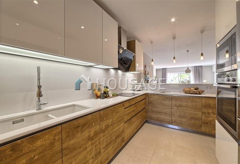 Apartment for sale in Benahavis, Spain, 192 m² - photo 8