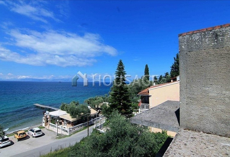 12 bed hotel for sale in Boukari, Kerkira, Greece, 600 m² - photo 1