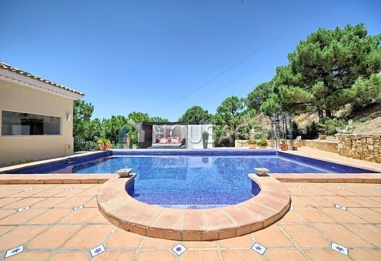 Villa for sale in Estepona, Spain, 560 m² - photo 9