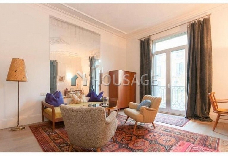 2 bed flat for sale in Eixample, Barcelona, Spain, 169 m² - photo 4