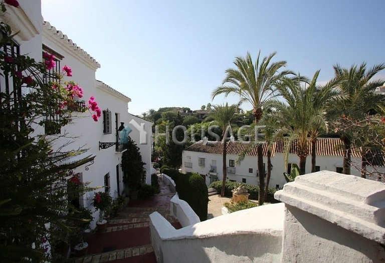 Townhouse for sale in Marbella Golden Mile, Marbella, Spain, 90 m² - photo 20