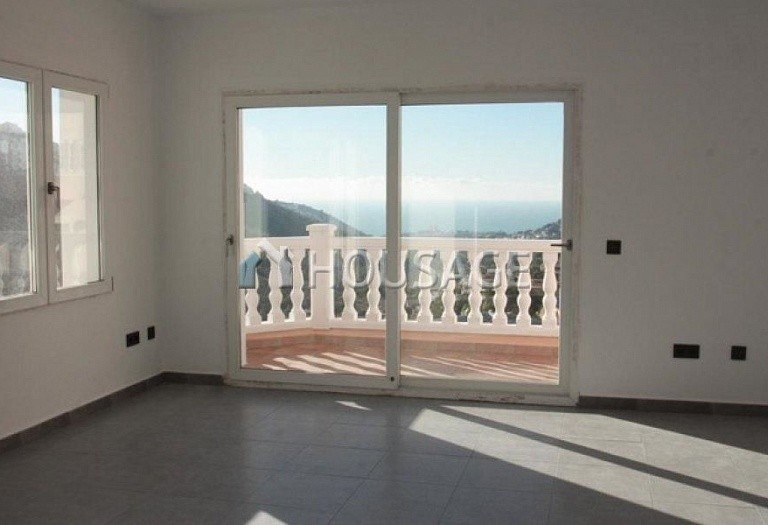 3 bed villa for sale in Moraira, Moraira, Spain, 160 m² - photo 9