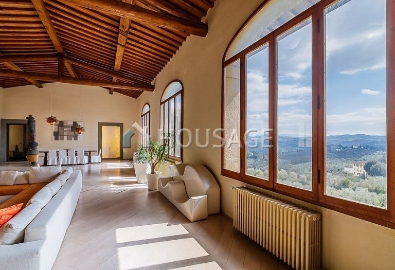 9 bed villa for sale in Florence, Italy, 2800 m² - photo 37