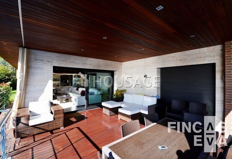 6 bed villa for sale in Premia de Dalt, Spain, 616 m² - photo 10