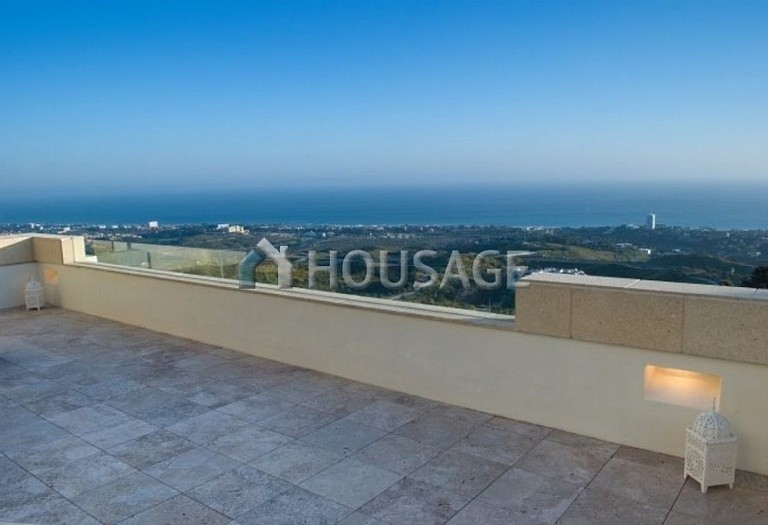 Flat for sale in Los Monteros, Marbella, Spain, 301 m² - photo 1
