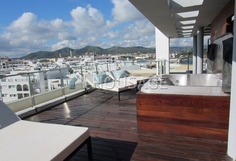 3 bed apartment for sale in Eivissa, Ibiza, Spain, 106 m² - photo 1