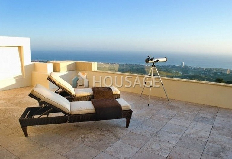 Flat for sale in Los Monteros, Marbella, Spain, 301 m² - photo 15