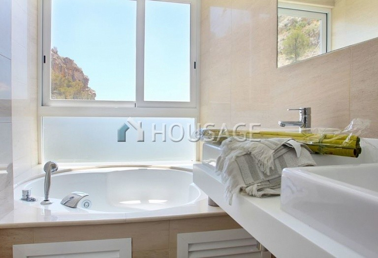 3 bed villa for sale in Altea, Spain, 295 m² - photo 16