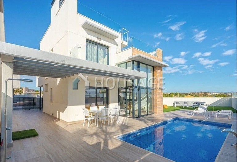 3 bed villa for sale in Orihuela, Spain, 167 m² - photo 20