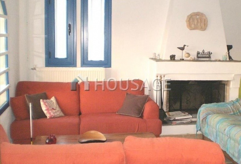 4 bed a house for sale in Porto Rafti, Athens, Greece, 210 m² - photo 1