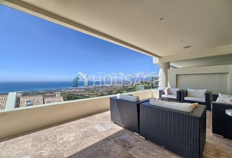 Flat for sale in Los Monteros, Marbella, Spain, 359 m² - photo 2