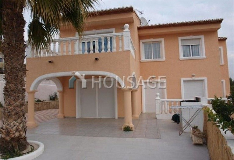 6 bed villa for sale in Calpe, Calpe, Spain - photo 2