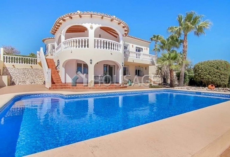 3 bed villa for sale in Benitachell, Spain, 253 m² - photo 1