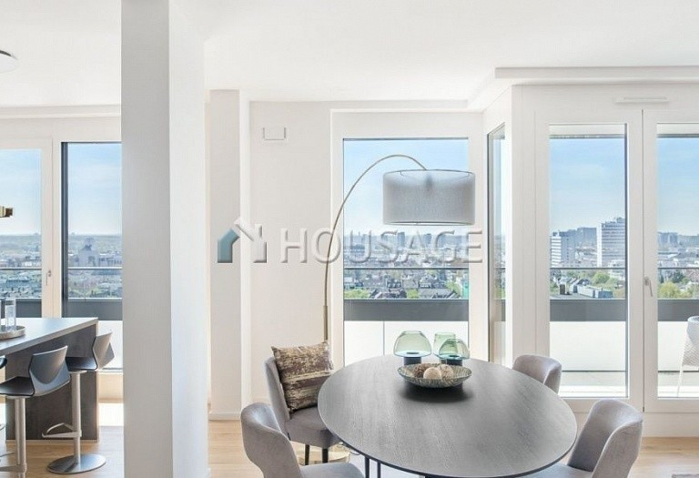 5 bed apartment for sale in Frankfurt, Germany, 347 m² - photo 3